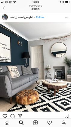 Like colour behind the couch Navy Living Rooms, Accent Walls In Living Room, Living Room Grey, Home Living Room, Living Room Designs, Living Room Inspiration, Inspiration Wall, Room Colors, Naval Sherwin Williams