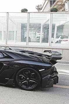 cknd: Lamborghini LP700| CKND http://ift.tt/2BSsRNM