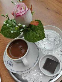 Now İ am Good Morning Coffee, Coffee Break, Coffee Cafe, Coffee Drinks, Dark Chocolate Brands, Chocolates, Tea And Books, Coffee Plant, Tea Latte