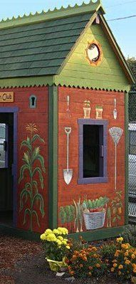 Here's the CUTEST little GARDEN shed EVER! ♥   http://www.facebook.com/TWOwomenANDaHOE