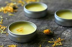baby rashes treatment This calendula salve is rich in compounds that nourish, hydrate, and support skin healing. I use it as a face moisturizer, chapped-lip balm, baby bottom balm Homemade Face Moisturizer, Natural Face Moisturizer, Moisturizer For Oily Skin, Face Cleanser, Carrot Seed Essential Oil, Essential Oils, Camomille Romaine, Calendula Oil, Comfrey Tea