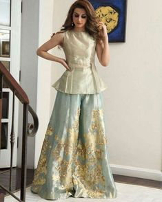 Women's dresses arrive in a number of unique styles and looks. Our cocktail dresses are extremely wearable, comfortable, and extremely versatile. Pakistani Wedding Outfits, Pakistani Dresses, Indian Dresses, Indian Outfits, Eid Outfits, Indian Attire, Indian Wear, Shrug For Dresses, Long Dresses