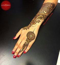 Stunning lace Mehndi by Lal Hatheli Tatoo Henna, Tatoo Art, Henna Mehndi, Henna Art, Hand Henna, Arabic Henna, Arm Tattoo, Sleeve Tattoos, Mehndi Art