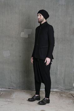 Visions of the Future: Studio Visit: Aleksandr Manamis All Black Fashion, Boy Fashion, Mens Fashion, Fashion Design, Stylish Boys, Men Looks, Back To Black, Wearing Black, Black Men