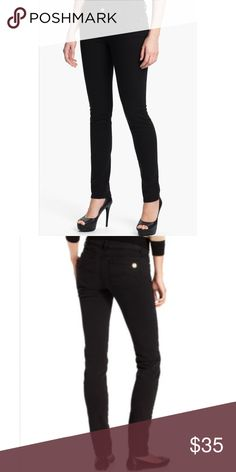 🆕 Michael Kors Black Skinny Jeans Michael Kors Black Skinny Jeans; Features silver hardware and silver emblem on the back right pocket. Midrise and stretch jeans made of 98% cotton and 2% spandex. Michael Kors Jeans Skinny