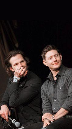 Winchester Supernatural, Supernatural Fandom, Sam Winchester, Jared And Jensen, Jensen Ackles, Supernatural Pictures, Winchester Brothers, Love Me Forever, Hot Shots