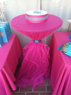 Jaelynn T's Birthday / Makeup - Photo Gallery at Catch My Party Slumber Parties, Birthday Parties, Surprise Birthday, Birthday Ideas, Spa Birthday, Happy Birthday, Girl Spa Party, Kids Spa, Bday Girl