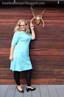 krötenkrempel: Kleid mit Uboot-Ausschnitt von Lillesol Woman - Pr...