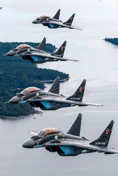 Airplane Fighter, Fighter Aircraft, Air Fighter, Fighter Jets, Sukhoi, Royal Marines, Aircraft Design, Top Cars, Air Show