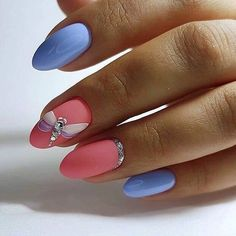 Semi-permanent varnish, false nails, patches: which manicure to choose? - My Nails Latest Nail Art, Trendy Nail Art, Cool Nail Art, Nail Art Designs, Short Nail Designs, Diy Nails, Glitter Nails, Cute Nails, Nails Design With Rhinestones