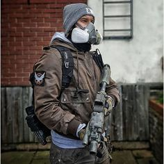 TOM CLANCY'S THE DIVISION LOADOUT BY @dan_foofighter --- Tag your airsoft photos with #FeatureAirsoft --- Follow ...
