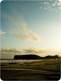 Entardecer da Praia da Cal, Torres (RS), Brasil.