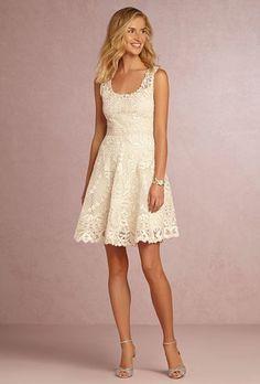 Vestidos cortos de novia encaje