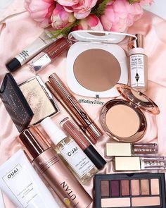 Day Makeup, Makeup Blog, Beauty Makeup, Contour Makeup, Eyeshadow Makeup, Makeup Cosmetics, Beauty Junkie, Makeup Junkie, Flatlay Makeup