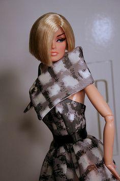 doll dresses  ...35..15.3 qw