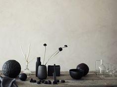 Kökskniv Pure Black, Stelton. Kryddkvarn New Norm, Menu.  Earthly - www.petrabindel.com