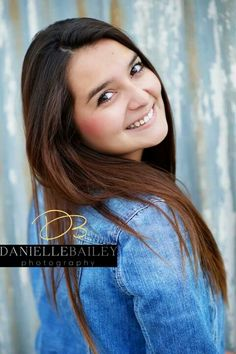 Senior portrait female girl posing - Danielle Bailey Photography