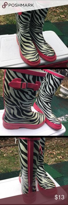 Rain Boots Zebra with pink  trim size 7 to 8  not goo condition American Apparel Shoes Winter & Rain Boots