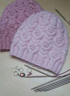 Шапочка ТЮЛЬПАНЫ (Вязание спицами). Обсуждение на LiveInternet - Российский Сервис Онлайн-Дневников Crochet Butterfly Free Pattern, Crochet Leaf Patterns, Crochet Leaves, Knitting Patterns, Crochet Mat, Freeform Crochet, Knitted Slippers, Knitted Hats, Knitting Socks