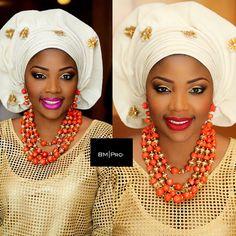 attaché foulard headwrap gélé turban ~African fashion, Ankara, kitenge, African women dresses, African prints, Braids, Nigerian wedding, Ghanaian fashion, African wedding ~DKK