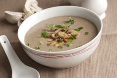 10 Yummy Vegetable Diet Soup Recipes For Weight Loss Diet Soup Recipes, Vegetable Soup Recipes, Cooking Recipes, Tomato Vegetable, Vegetarian Soup, Healthy Soup, Mushroom Soup, Mushroom Recipes, Sopas Fitness