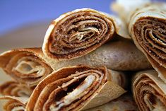 If you are looking for the perfect pancake recipe, then these cinnamon sugar pancakes are definitely worthy. These pancakes might beat your grandmothers'! Best Cinnamon Roll Recipe, Perfect Pancake Recipe, Tasty Pancakes, Pancakes Cinnamon, Best Time To Eat, Wrap Recipes, So Little Time, Sweet Tooth, Food And Drink