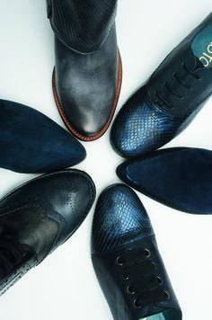 Bataille de bleu chez Karston Chaussures !  derbys  bottines  blueshoes   boots  sneak 346d909a2bc1