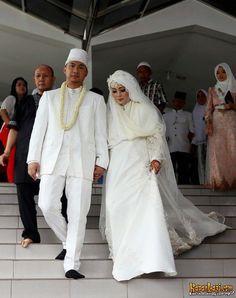 nuri maulida syar'i hijab wedding veil