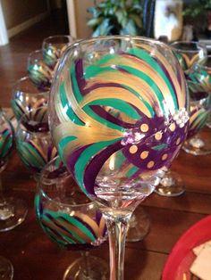 Mardi Gras Wine Glass by NancyElaineDesigns on Etsy