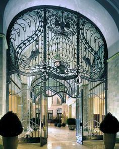nouveau-deco:  Iron gate entrance at the Four Seasons Hotel in Budapest