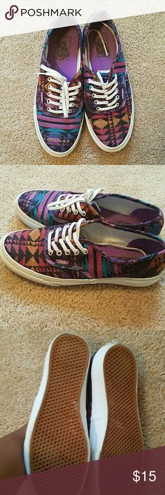 Vans unisex They need to be clean.  Great condition Mens. 6 Womens 7.5 Multiple colors They are listed under men section as well Vans Shoes