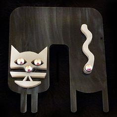 Bent Cat – Black w/silver accents | NovoDeco