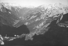 Julische Alpen. Julische Alpen: Ausblick vom Manhart (Mangart) gegen die Canin- und Wischberggruppe. Foto. Aufnahme 28.-29.6.1931.