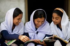 Bangladesh - girls reading Room to Read books