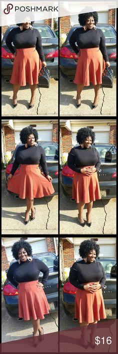 Wooooooooooo fabulous skirt This fabulous skirt paniz Skirts Circle & Skater