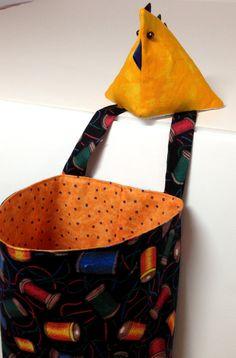 Scrap Catcher Thread Caddy Chicken Pincushion Quilts by SallyManke
