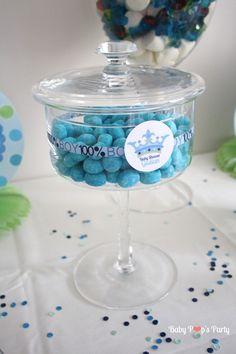 baby shower a new little prince boy bébé garçon party fête grossesse naissance jeux décoration organisation bleu blanc vert sweet table candy bar bonbons france paris bordeaux toulouse charente 33 17