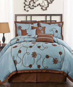 This sophisticated set brings a sense of classic style to bedroom décor. With exquisite ribbon embroidery alongside calming colors, this fresh comforter is sure to create a cozy atmosphere ready for rest and relaxation.