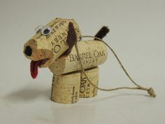 This is a beautiful dog made from corks that anyone can do. Can be used as an ornament, decor, etc. Get your Corks today and let's get creative together. Crafts with Corks, DIY Cork Crafts, Upcycle Wine Craft, Wine Cork Crafts, Wine Bottle Crafts, Crafts With Corks, Wine Cork Ornaments, Diy Christmas Ornaments, Diy Cork, Fun Easy Crafts, Stick Crafts