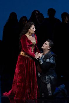 Norma by Bellini - Radvanovsky wow!!!  Set dull as dishwater. Production Booooring. But she was brilliant. (Thank goodness)