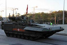 """El T-15 Armata, un VCI en base al casco y motorización del prototipo """"Armata""""; es un vehículo de combate de infantería ruso, construíudo en la Planta de vagones de los Urales,"""