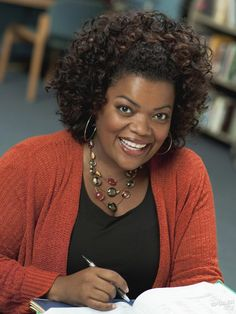 Once Upon a Time Adds Yvette Nicole Brown as Goldilocks — But There's a Catch! (VIDEO)
