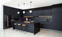 Luxury Kitchen Design, Kitchen Room Design, Interior Design Kitchen, Black Kitchen Decor, Home Decor Kitchen, Diy Kitchen, Kitchen Ideas, Kitchen Modern, Kitchen Floor