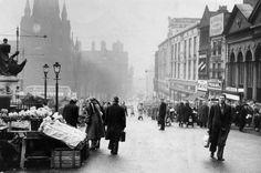 1957 Bull Ring Birmingham Shopping, Blackpool England, Birmingham City Centre, Nostalgic Images, Walsall, Birmingham England, Old Street, West Midlands, Local History