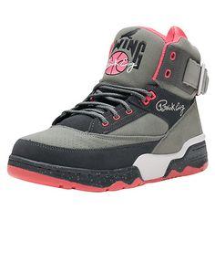 EWING Ewing 33 Hi x Staple Signature Staple pigeon logoPatrick Ewing Ewing 33 High sneaker Men's hig... True to size. Synthetic Materials. Grey 1EW90204-070.