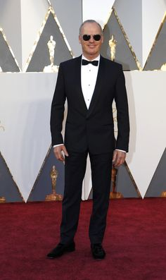 Michael Keaton arrives on the Oscars red carpet for the 88th Academy Awards.