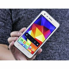 $104.10  |  Catte CT300 5 Inch Android Smartphone - IPS Screen, MTK6582 Quad Core 1.3 GHz, 1GB RAM, 4GB ROM, 8MP Camera (White) | http://www.chinavasion.com/china/wholesale/Android_Phones/Large_Screen_Android_Phones/Catte_CT300_5_Inch_Android_Smartphone_-_IPS_Screen_MTK6582_Quad_Core_1.3_GHz_1GB_RAM_4GB_ROM_8_MP_Camera/