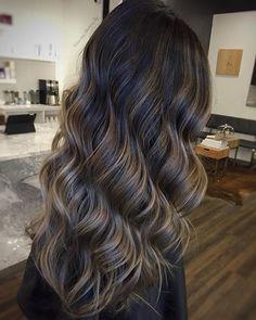 Smokey Blonde & Silky Waves