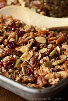 Paleo Granola - how can something so healthy be so. If you think you have a favorite granola recipe, this one will take you by surprise. It's delicious, super filling and EASY to throw together! Reduce the honey. Paleo Recipes, Low Carb Recipes, Cooking Recipes, Freezer Recipes, Freezer Cooking, Drink Recipes, Cooking Tips, Paleo Breakfast, Breakfast Recipes