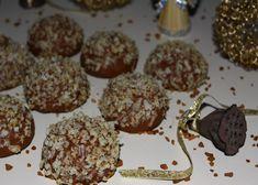 Diós karácsonyi falatkák – ez biztosan családi kedvenc lesz! Romanian Food, My Recipes, Biscuits, Muffin, Homemade, Vegan, Cookies, Baking, Breakfast